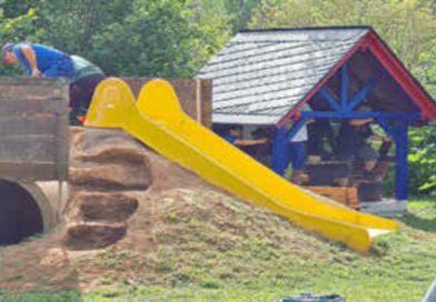 Kinderspielplatz am Spiel- und Bolzplatz fertiggestellt